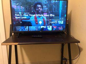 Tv Desk for Sale in Fresno, CA