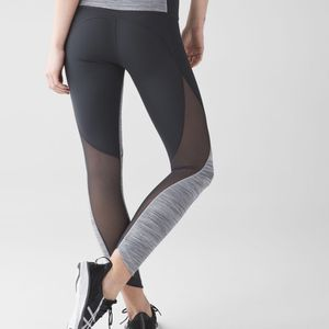 Lululemon Run With The Sun Tight Size 4 for Sale in San Diego, CA