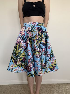 Floral print skirt, size S for Sale in Hayward, CA