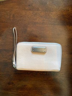 Marc by Marc Jacobs zip wallet for Sale in Mukilteo, WA