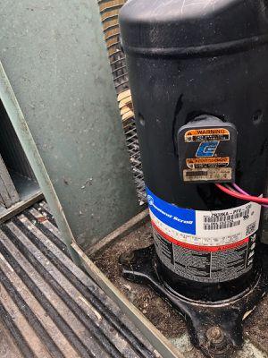 4 ton ac compressor r22 freon for Sale in Miami Gardens, FL