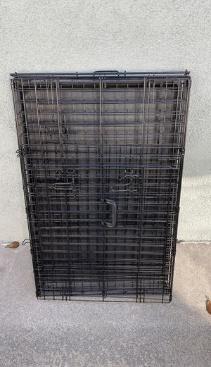 "Dog crate approximately 24""x36"" for Sale in Long Beach, CA"