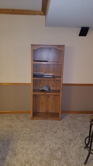 2 matching bookshelves for Sale in Frankfort, IL