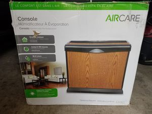 AIRCARE 5 Gal. Evaporative Humidifier for 4,000 sq. ft. for Sale in Houston, TX