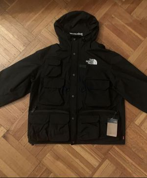 Supreme SS/20 cargo jacket size large for Sale in Brooklyn, NY