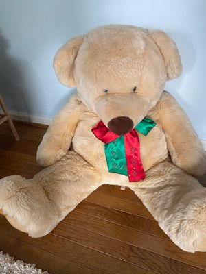 Large teddy bear for Sale in Apex, NC