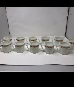 """Set Of 11 Vintage Pyrex """"Butterfly Gold"""" Mugs for Sale in Hermosa Beach,  CA"""