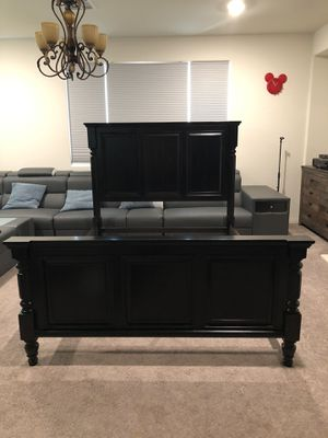 Solid Wood Queen bed frame for Sale in Ontario, CA