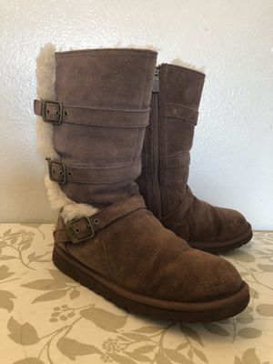UGG size 6🛍👧🏻 for Sale in Everett, WA