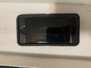Sprint iPhone 5 with Otterbox cover. Excellent condition. for Sale in Seattle, WA