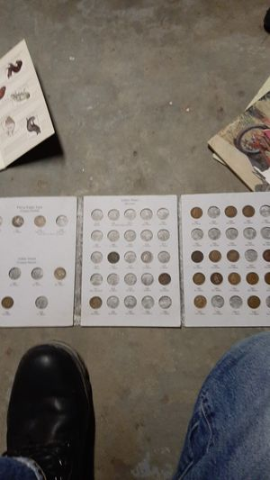 Indian headbpennys 1873 and1875 key dates and very good shape for Sale in Parkersburg, WV