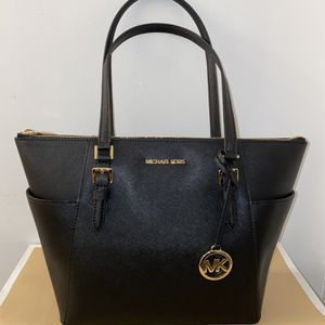 Michael Kors Charlotte Tote Bag for Sale in San Diego, CA