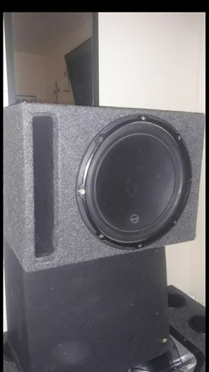 12in JL AUDIO W3 500 RMS COMES IN PORTED BOX SOUNDS REALLY GOOD CAN TEST FOR U for Sale in Anaheim, CA