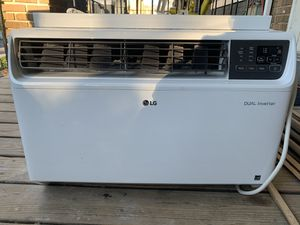 LG Dual Inverter Window AC 24000 BTU for Sale in Mount Rainier, MD
