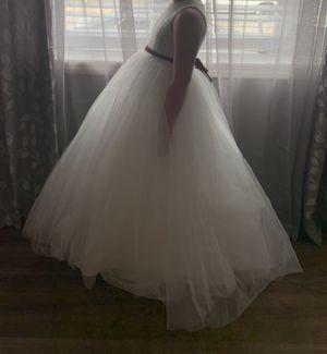 David's Bridal Flower Girl Dress size 8 soft white for Sale in Santa Clarita, CA