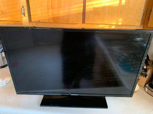 Samsung model#UN32EH4003F for Sale in FT LEONARD WD, MO