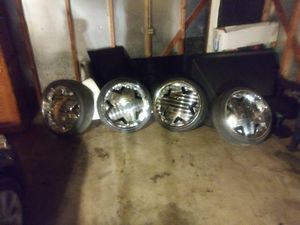22 in greed rims and tires 700 firm for Sale in WI, US