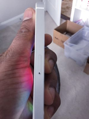 """iPhone 5S ,,Factory UNLOCKED Excellent CONDITION """"as like nEW"""" for Sale in Fort Belvoir, VA"""