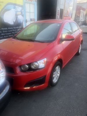 Chevy sonic xl 2015 for Sale in Huntington Park, CA