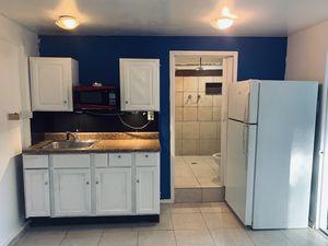 Habitación independiente for Sale in Orlando, FL