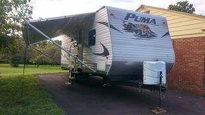 2011 PALMINO PUMA 30 FOOT CAMPER TRAVEL TRAILER SLIDE WINTER COVER for Sale in PA, US