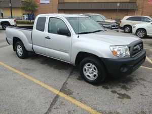 Toyota tacoma 2010 only 39k miles for Sale in Houston, TX