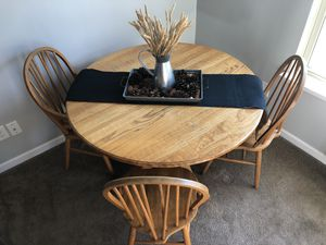 Round Kitchen Table for Sale in Murfreesboro, TN