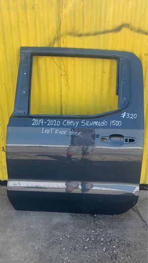 2019-2020 CHEVY SILVERADO 1500 DOOR LEFT DRIVER SIDE REAR for Sale in Carson, CA
