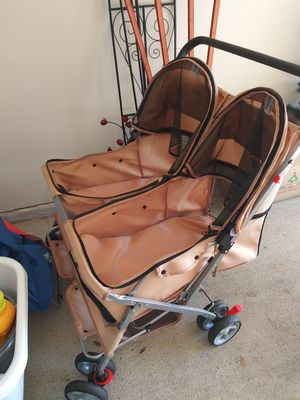Double dog stroller for Sale in Friendswood, TX