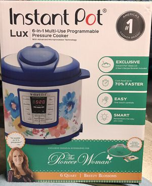 Instant Pot LUX 6 in 1 Multi Use Programmable Pressure Cooker - Breezy Blossoms design! for Sale in Burbank, CA