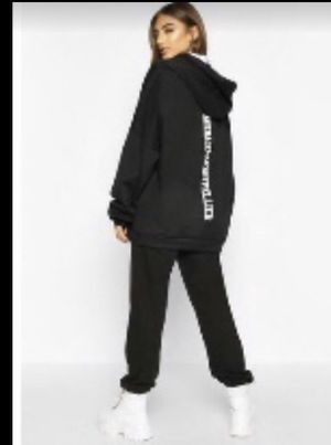 Oversized hoodie boohoo for Sale in Phoenix, AZ