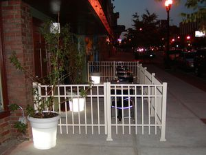 """22"""" new resign lighted planter for Sale in Delaware, OH"""