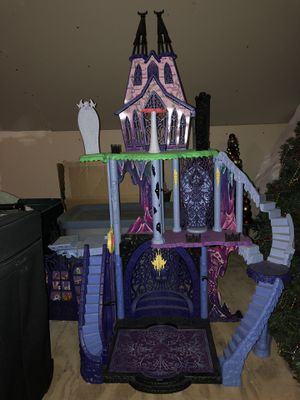 Monster High Freaky Fusion Catacombs playlet for Sale in Alexandria, VA