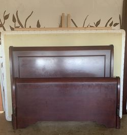 Queen Bed Frame With Mattress for Sale in Sanger,  CA