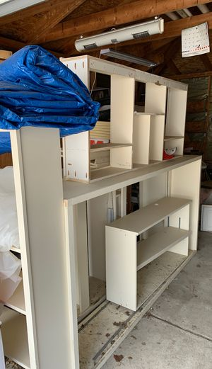 Walk in closet shelving for Sale in Chicago, IL
