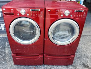 LG TROMM WASHER AND DRYER SET WITH DRAWERS for Sale in Miami, FL