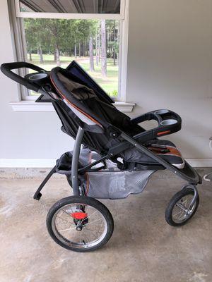 Graco 3 Wheel Jogging Stroller for Sale in Choudrant, LA