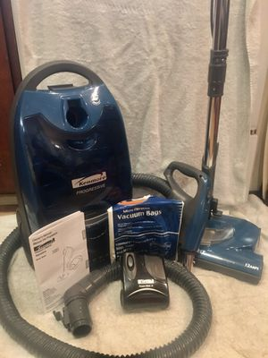 Kenmore 360 Progressive Vacuum Cleaner with Power Mate Nozzle for Sale in Portland, OR