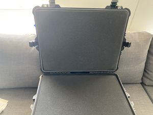 Foam Travel Case for Sale in New York, NY