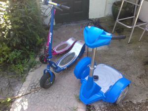 3 ELECTRIC SCOOTER NEED BATTERIES for Sale in Tampa, FL