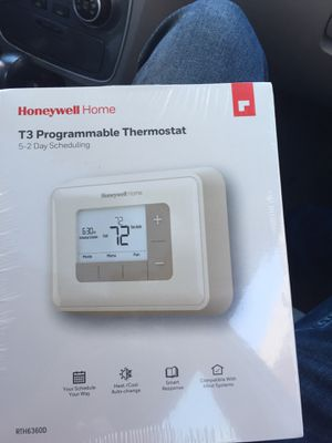 Honeywell home T3 programmable thermostats for Sale in Philadelphia, PA