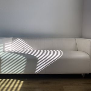 WHITE LEATHER COUCH for Sale in Hawthorne, CA