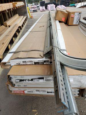 Clopay 6130 garage door 10x12 for Sale in Leechburg, PA