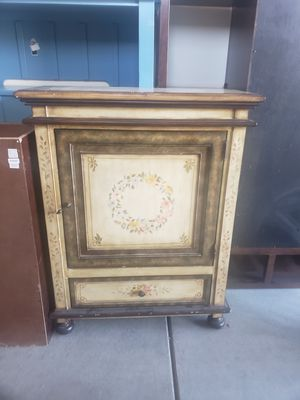 Antique cabinet for Sale in Thornton, CO