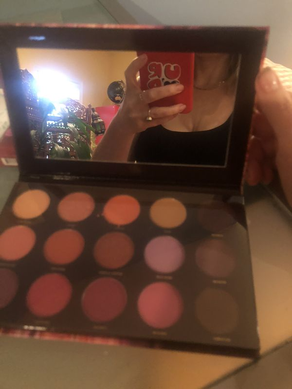 High end beauty bundle of seven full-size brand new products
