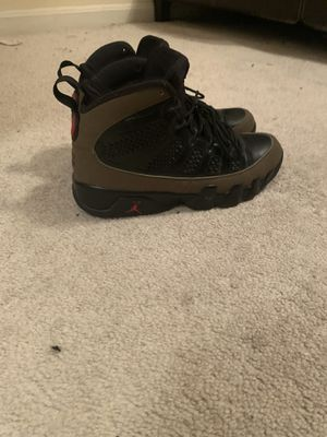 2012 Jordan olive retro 9s sz 8 for Sale in Bowie, MD