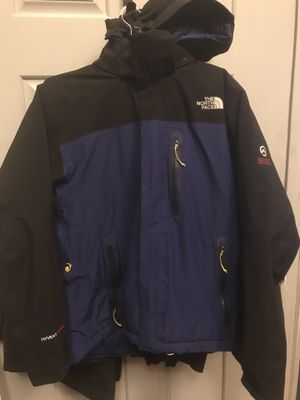 *VERY LIGHTLY USED* North Face Summit Series Jacket (SZ. M) for Sale in Springfield, VA