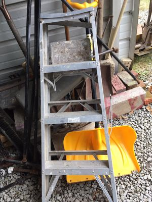 Step ladder for Sale in White Oak, PA