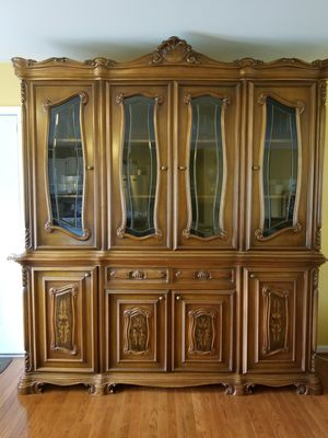 Vintage China/Hutch Cabinet for Sale in Ranson, WV