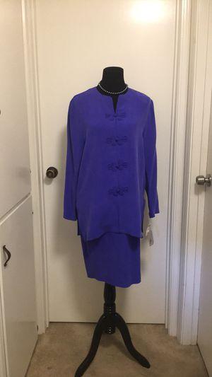 Adrianna Papell 100% silk size 10 for Sale in Richmond, CA